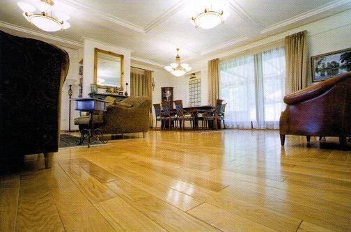 Sàn gỗ Pơ Mu giá rẻ nhất Hà Nội chỉ có tại Sàn Đẹp