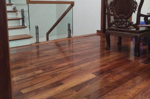 Sàn gỗ giáng hương 15 x 90 x 600 mm